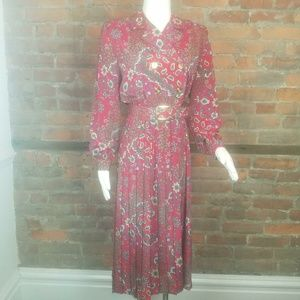 Vintage Women's Secretary Dress  Red Floral Print